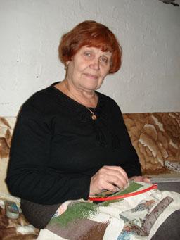 вышивальщица