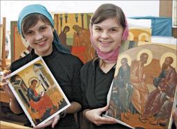 Маша и Даша Пономаревы, студентки Нижегородского епархиального училища